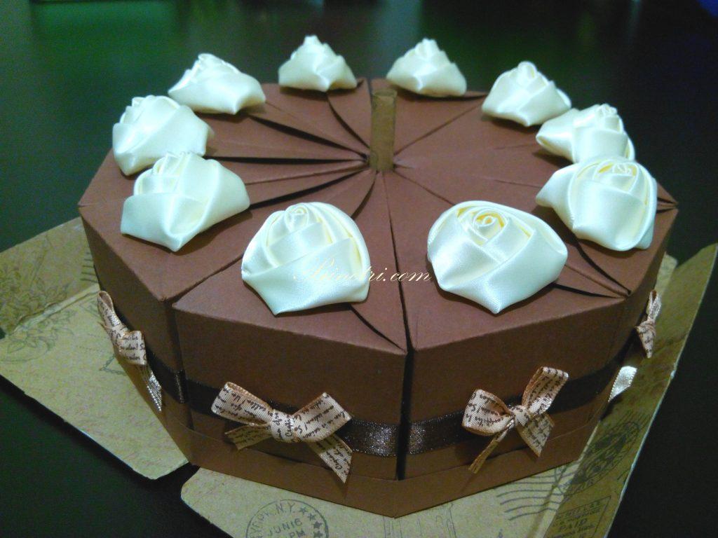 Бумажный торт с игрой на 10 человек